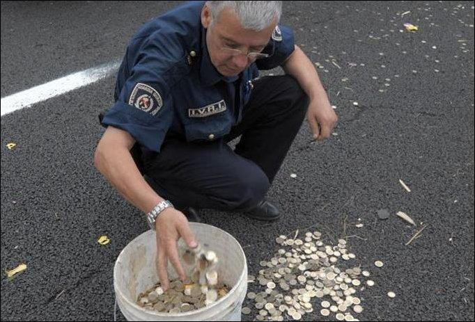 Δύο εκατομύρια ευρώ σε δρόμο της Ιταλίας!