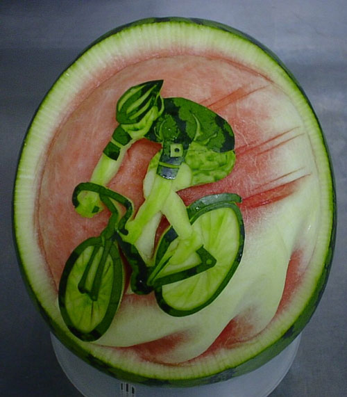 http://perierga.gr/wp-content/uploads/2010/09/Takashi-Itoh-watermelon-5.jpg