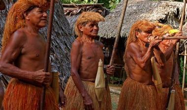 Perierga.gr - Απομονωμένες φυλές