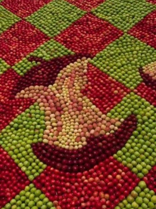 Perierga.gr - Μωσαϊκά από μήλα