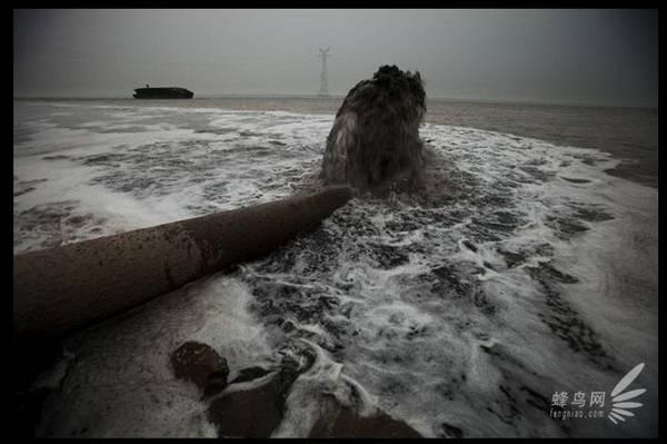Perierga.gr - Οικολογική καταστροφή στην Κίνα