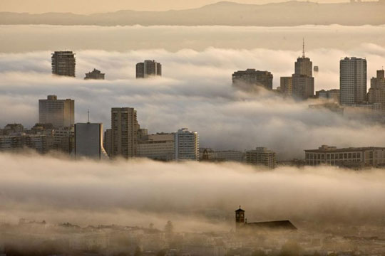 Perierga.gr - Η ομίχλη του Σαν Φρανσίσκο
