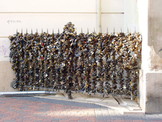 Perierga.gr - Locks of Love