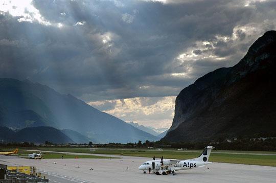 Perierga.gr - Αεροδρόμια από ψηλά!