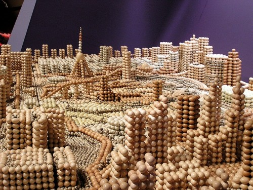 Perierga.gr - A city of eggs!