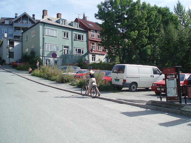 Perierga.gr - Λιφτ για ποδήλατες!