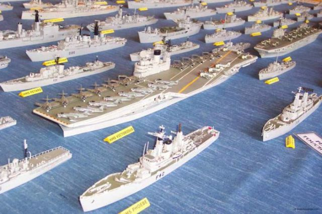 Perierga.gr - Ο στόλος των σπίρτων