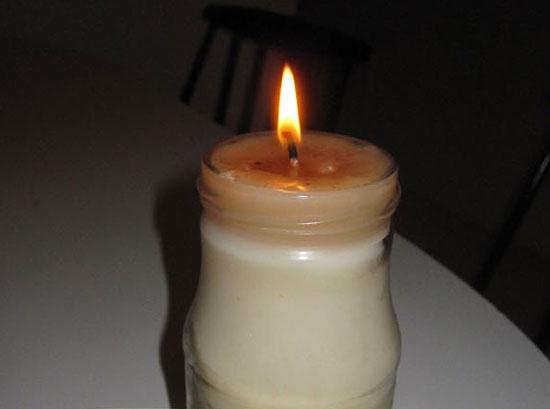 Perierga.gr - Κερί από μπέικον!
