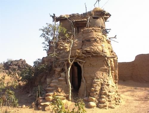 Perierga.gr - Σπίτια από χώμα!