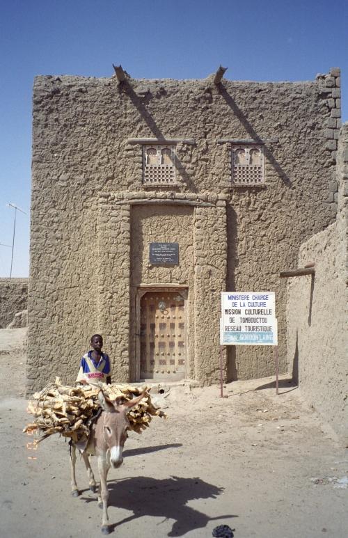 Perierga.gr - Σπίτια από άμμο!