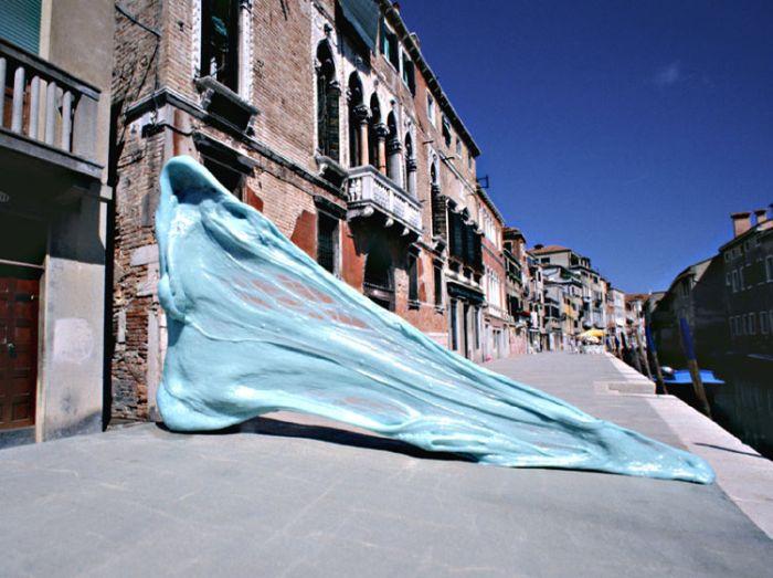 Perierga.gr - Τσίχλες στη Βενετία!