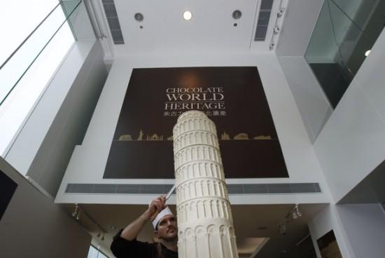 Perierga.gr - Μνημεία από λευκή σοκολάτα