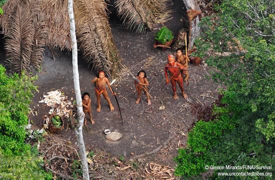 Perierga.gr - Χαμένη φυλή στον Αμαζόνιο