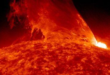 Perierga.gr - Ηλιακή έκρηξη