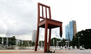 Παράξενα μνημεία σε όλο τον κόσμο