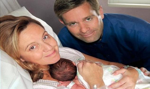 Perierga.gr - Mεγάλωνε μέσα της το παιδί μιας άλλης μητέρας!