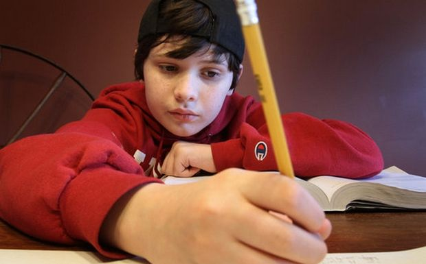Perierga.gr - Δωδεκάχρονος αντικρούει τον Αϊνστάιν