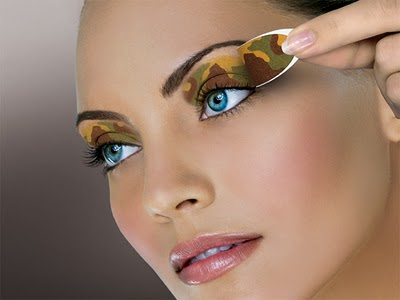 Perierga.gr - Εύκολο μακιγιάζ για τα μάτια!