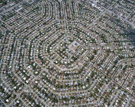 εντυπωσιακα ρυμοτομημενες πολεις