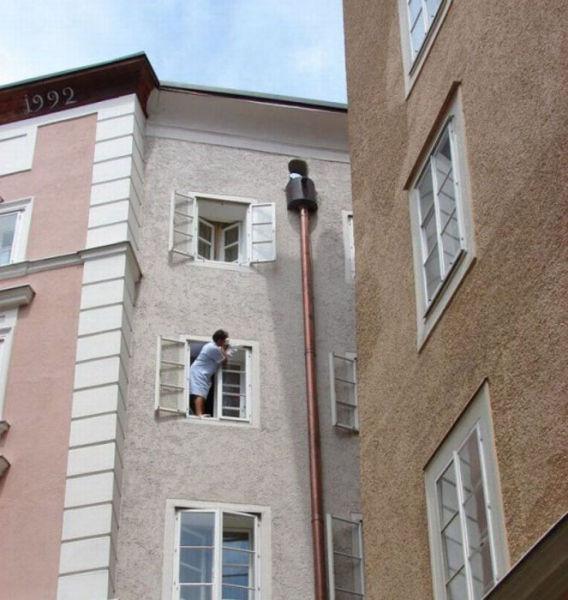 Perierga.gr - Επικίνδυνα επαγγέλματα