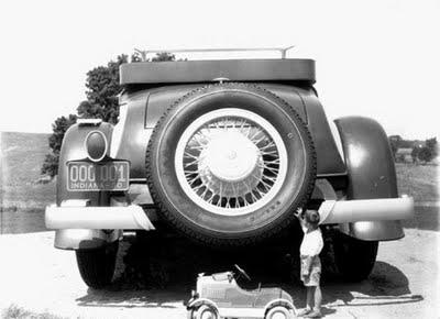 Perierga.gr - Το μεγαλύτερο αυτοκίνητο στον κόσμο!