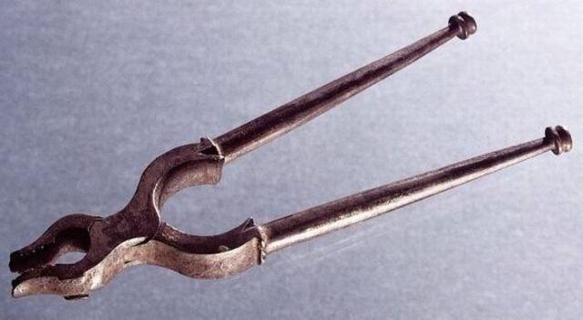 Perierga.gr - Οδοντιατρικά εργαλεία άλλων εποχών