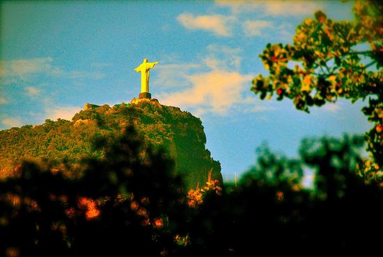 Το άγαλμα του Χριστού στο Ρίο!