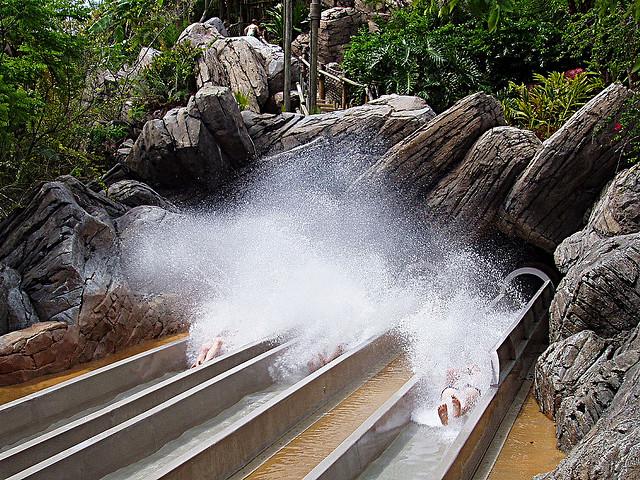 Perierga.gr - Disney Typhoon Lagoon