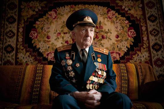 Perierga.gr - Βετεράνοι του 2ου παγκοσμίου πολέμου