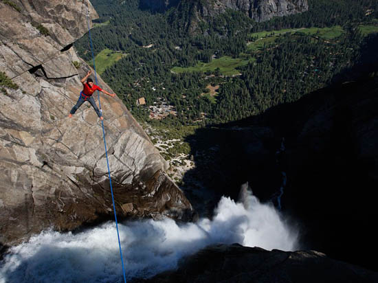 Jimmy Chin - Yosemite Highline
