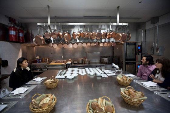 perierga.gr - Γκουρμέ εστιατόριο... μέσα σε μανάβικο!
