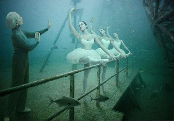 perierga.gr - Έκθεση φωτογραφίας στο βυθό της θάλασσας!