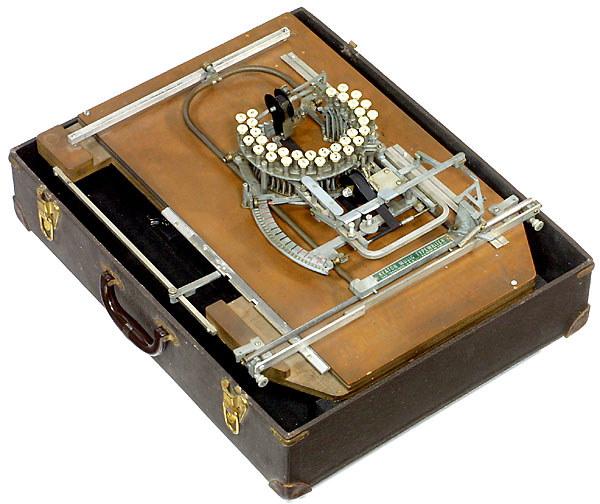 """perierga.gr - Η πρώτη """"μουσική"""" γραφομηχανή στον κόσμο!"""
