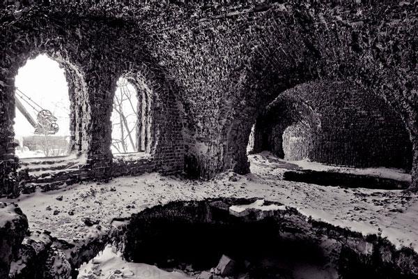 "perierga.gr - Ένα ρωσικό οχυρό ""μεταμορφώθηκε"" σε μαγευτικό σπήλαιο!"