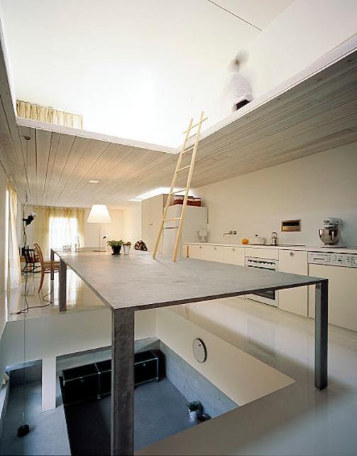 perierga.gr - Ένα σπίτι... στον αέρα!