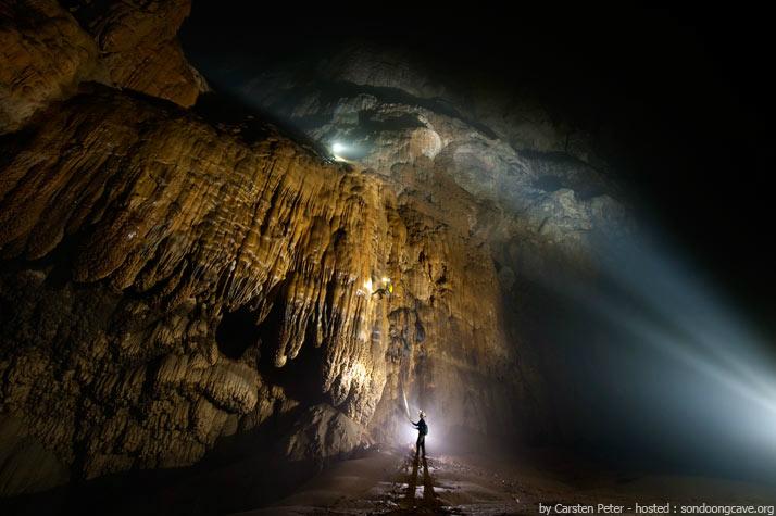 Ένα φανταστικό σπήλαιο