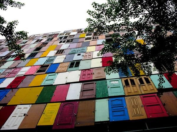 Perierga.gr - ένα δεκαώροφο κτίριο με 1.000