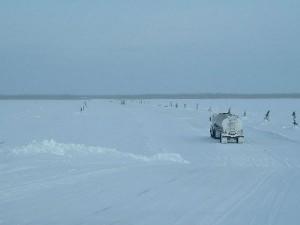 Δρόμοι του χειμώνα, φτιαγμένοι από... πάγο!