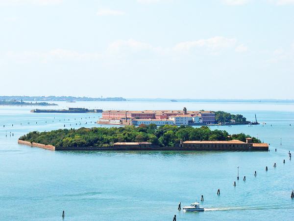 "perierga.gr - Poveglia: Το ""στοιχειωμένο"" νησί της Ιταλίας!"