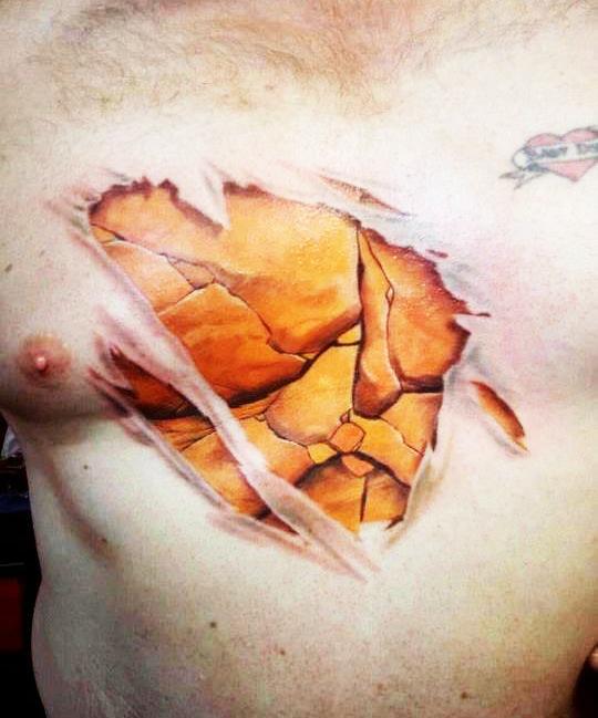 Τατουάζ του τρόμου: Πιο ρεαλιστικά δεν γίνεται!