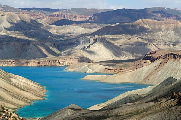 Οι «γαλάζιες λίμνες» του αφγανιστάν!