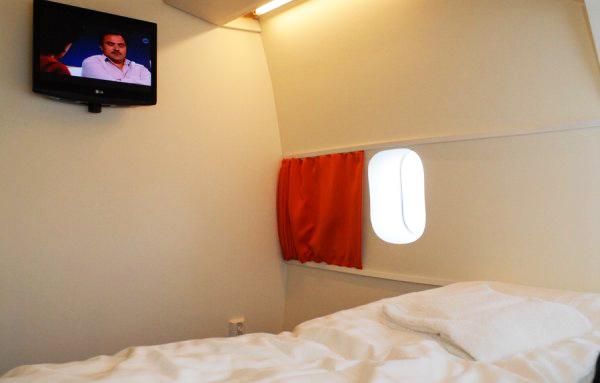 perierga.gr - Jumbo Hotel: Ξενοδοχείο μέσα σε Μπόινγκ!