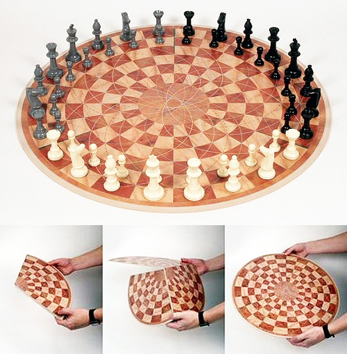perierga.gr - Σκάκι για... τρεις παίκτες!