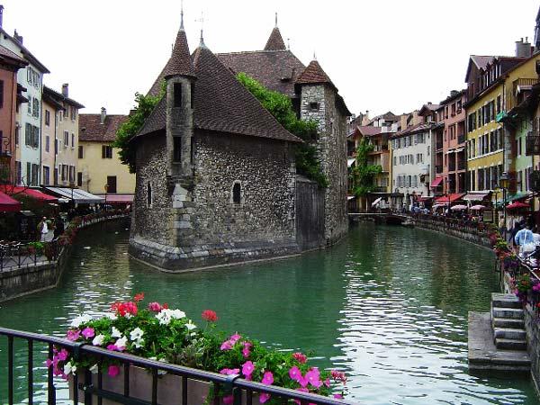Annecy, μια μικρή… Βενετία στη Γαλλία!