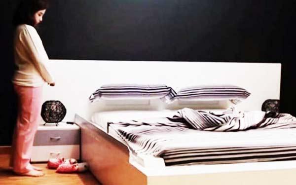 perierga.gr - Κρεβάτι στρώνεται μόνο του!
