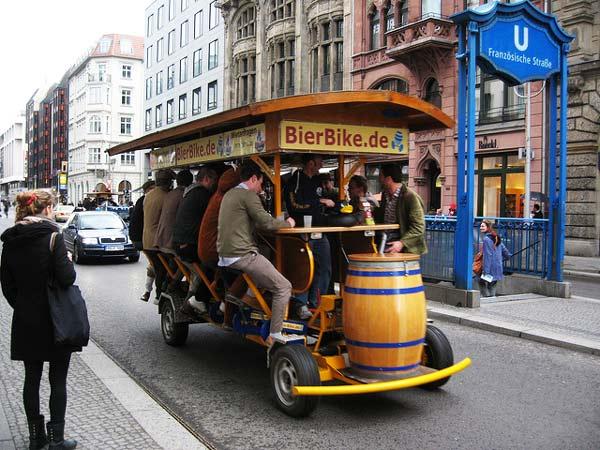 "Perierga.gr - Απίθανες ""κινητές μπιραρίες"" στο Άμστερνταμ!"