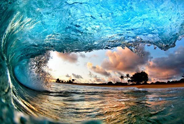 Μέσα στα κύματα της Χαβάης!