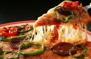 perierga.gr - Πίτσα 3 φορές τη μέρα για ισορροπημένη διατροφή!