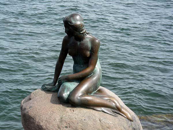 "perierga.gr - Han: Ο ""μικρός γοργόνος"" της Δανίας!"