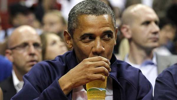 perierga.gr - Ο Λευκός Οίκος παρασκευάζει... μπίρα!